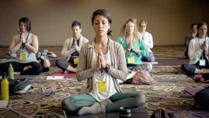 A Beginner's Guide to Vinyasa Yoga
